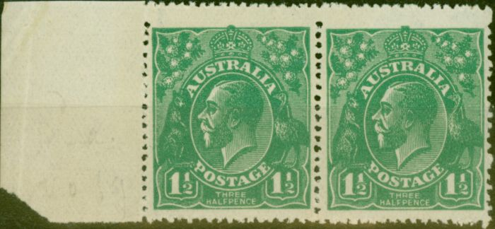 Valuable Postage Stamp from Australia 1923 1 1/2d Green SG61a/ BW88a Coarse Unsurfaced Paper V.F MNH Pair Scarce