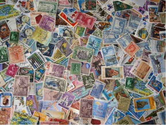 450 British Commonwealth Stamps ~ Off paper Kiloware Mixture 45 Grams for Young Collectors