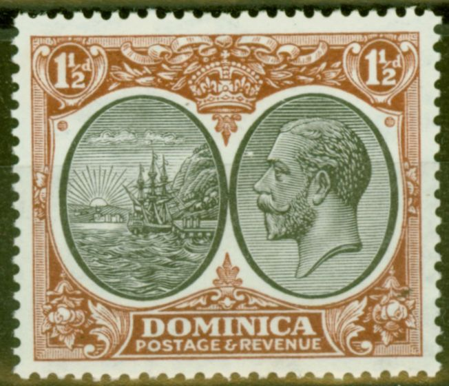 Valuable Postage Stamp from Dominica 1933 1 1/2d Black & Red-Brown SG75 Very Fine Lightly Mtd Mint