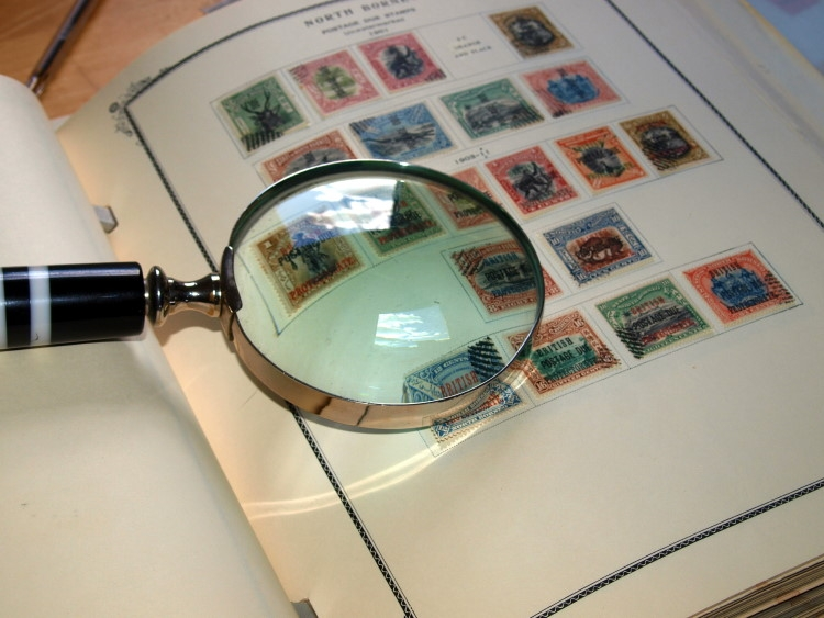 Selling your Stamp Collection: Auction House vs Private Dealer